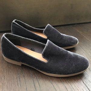 Like New, Dolce Vita Navy Velvet Loafers